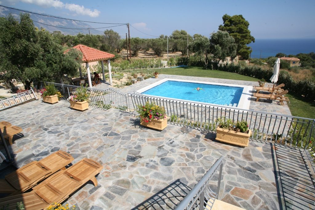 kefalonia villa private villa with pool to rent in kefalonia greece. Black Bedroom Furniture Sets. Home Design Ideas